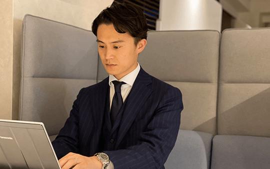 投資銀行事業部2部 ヴァイスプレジデント(Vice President):鈴木 一平